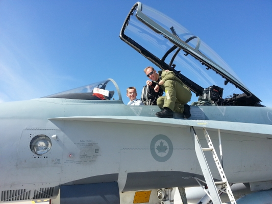 Cpl Weatherall in a CF-188B at the 8 Wing / CFB Trenton Open House 2014